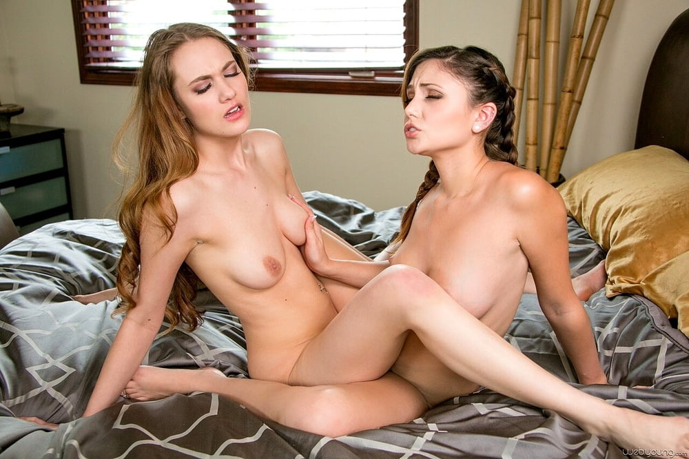 Lesbian sex - 23 Pics