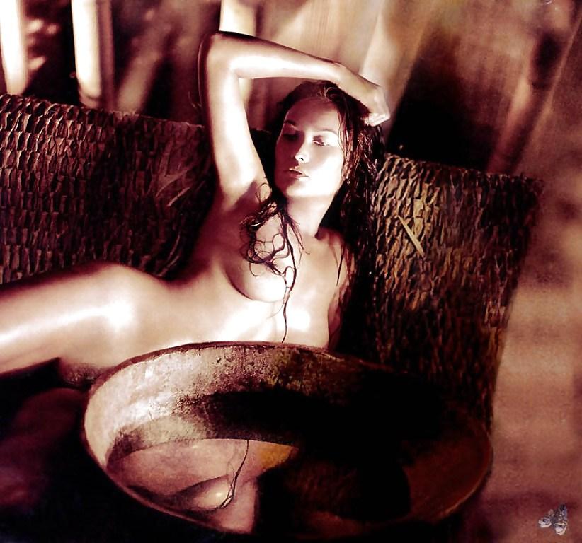 Tia Carrier Nude