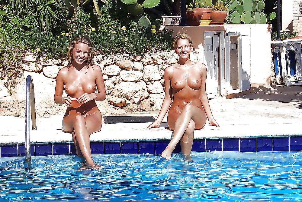 moms-in-pool-nude-nude-hot-italian-models