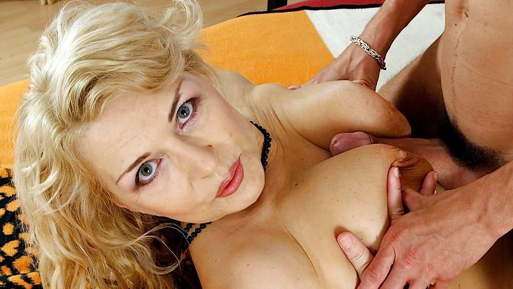 Blonde mature loves threesome fuck with her fuckers by gangbangclub