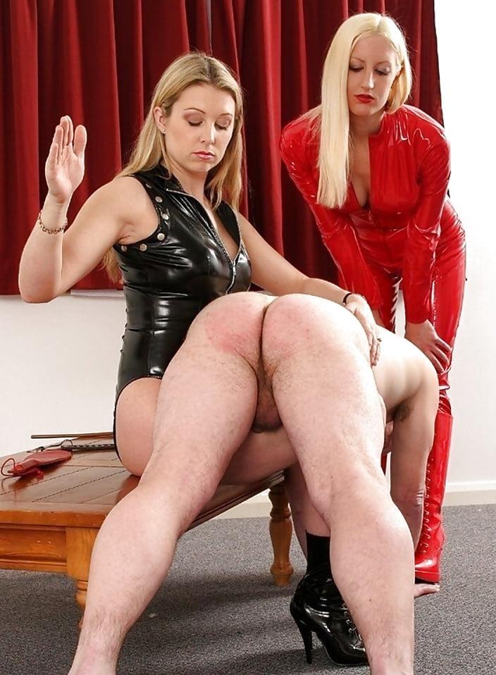 femdom-butt-spanking-digichat-adult