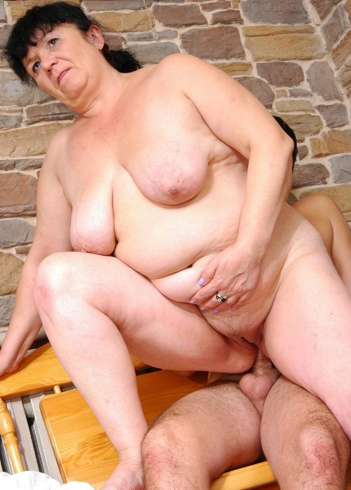 порно с толстыми старыми тетями анал
