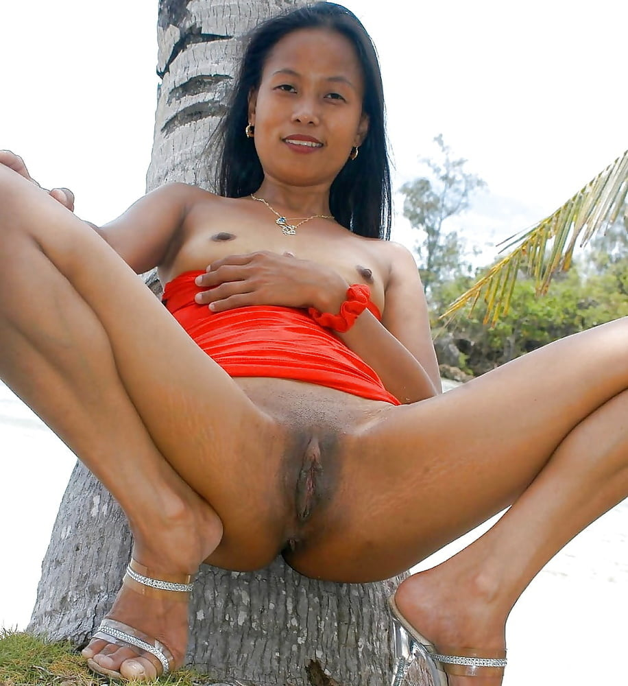Naked Pacific Island Girls
