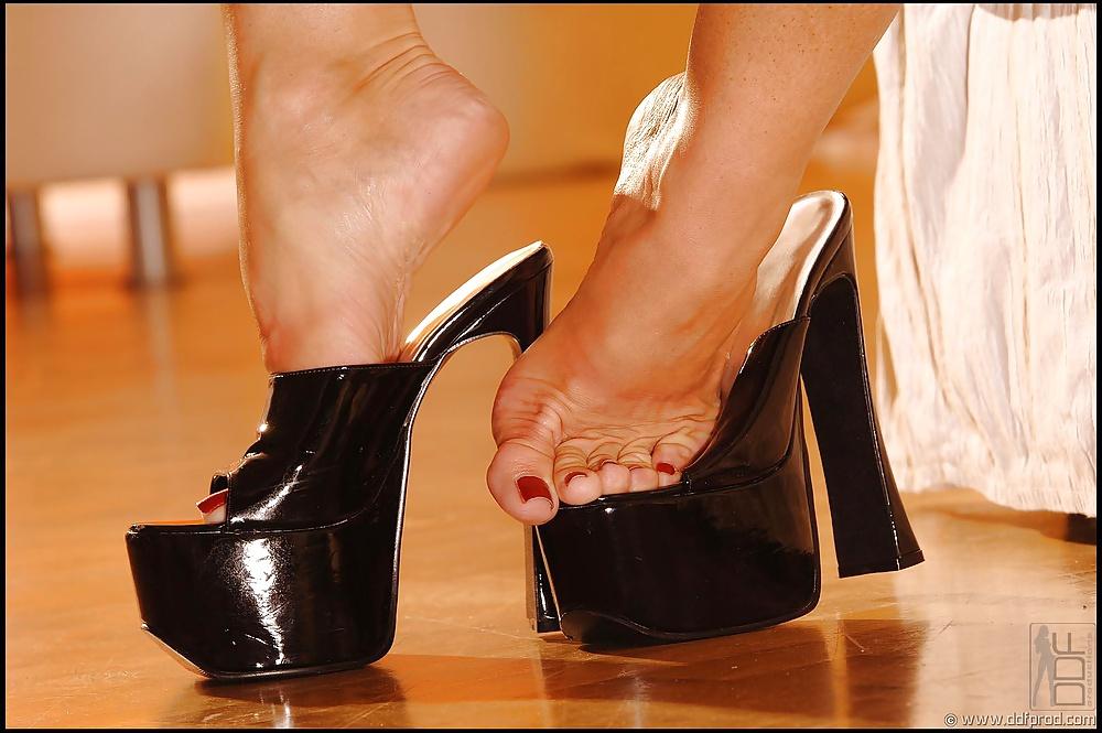 Fetish Silvia Saints Sexy Feet 1