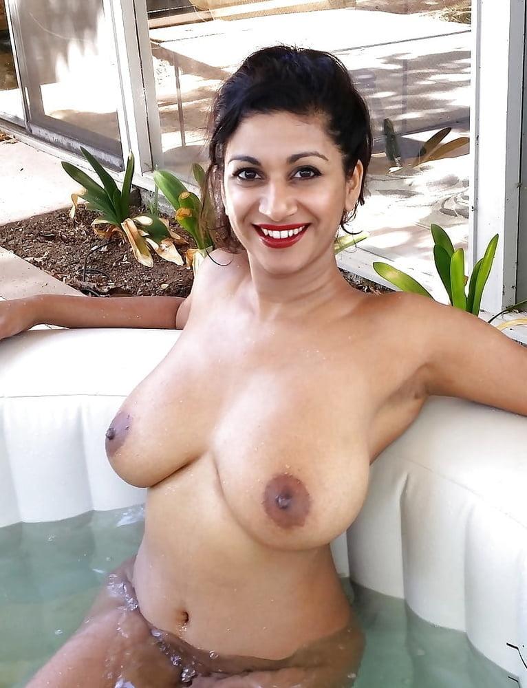 Topless Tamil Boobs Nude Gif