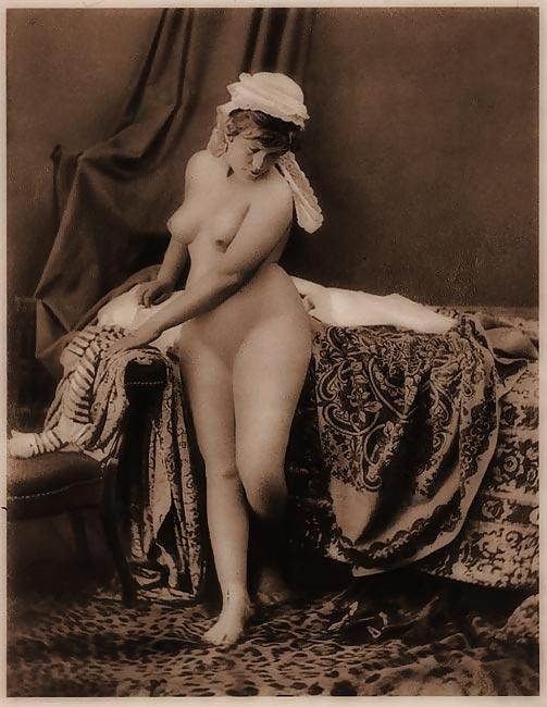 дореволюционные черно-белые старинные эротические фото - 6