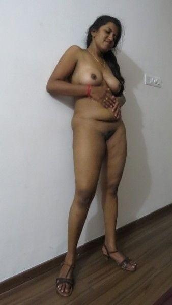 Naked women's asses