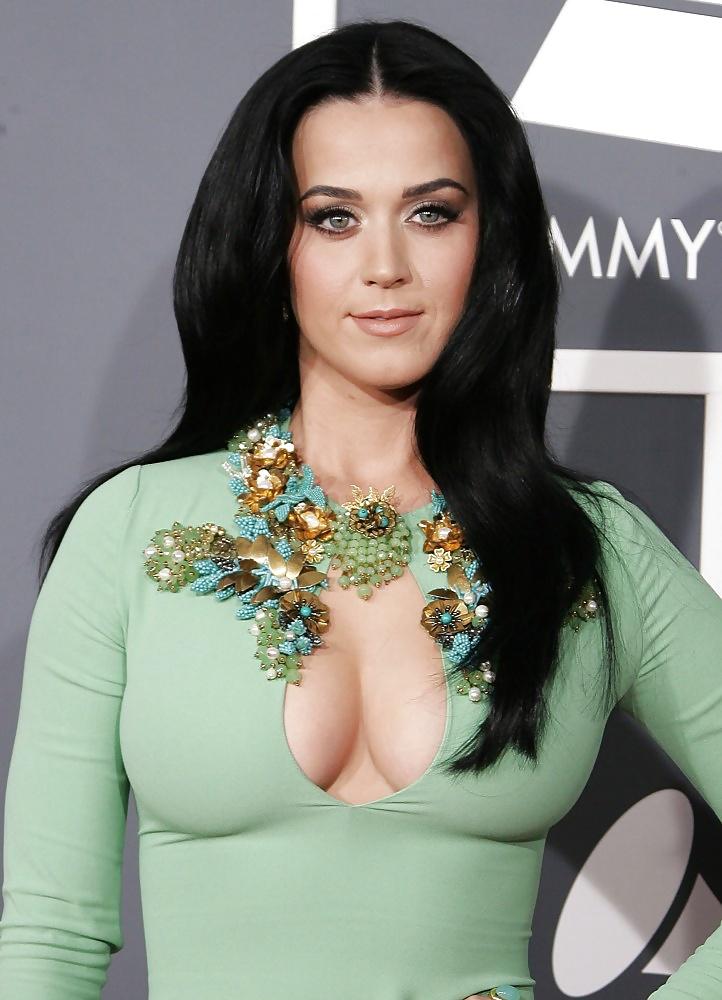 Katy perry's boobs