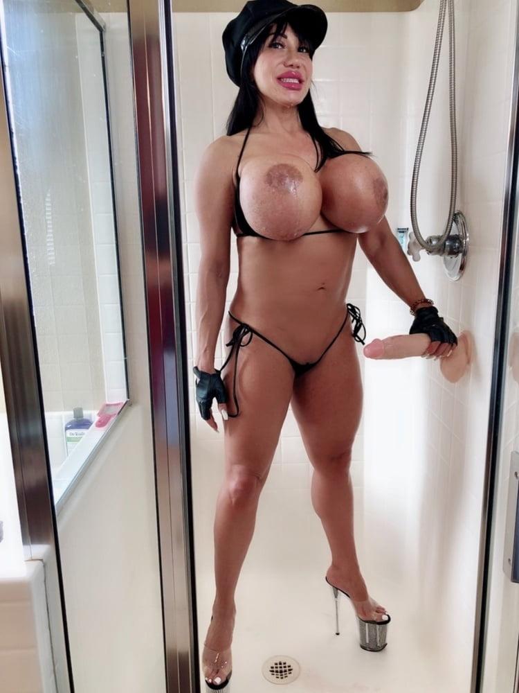 Ava Devine Com