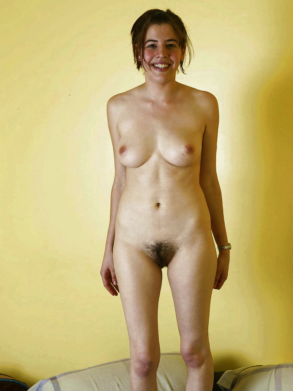 Free pictures of full frontal naked ladies — photo 10