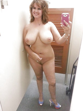 spanyol nude gallery