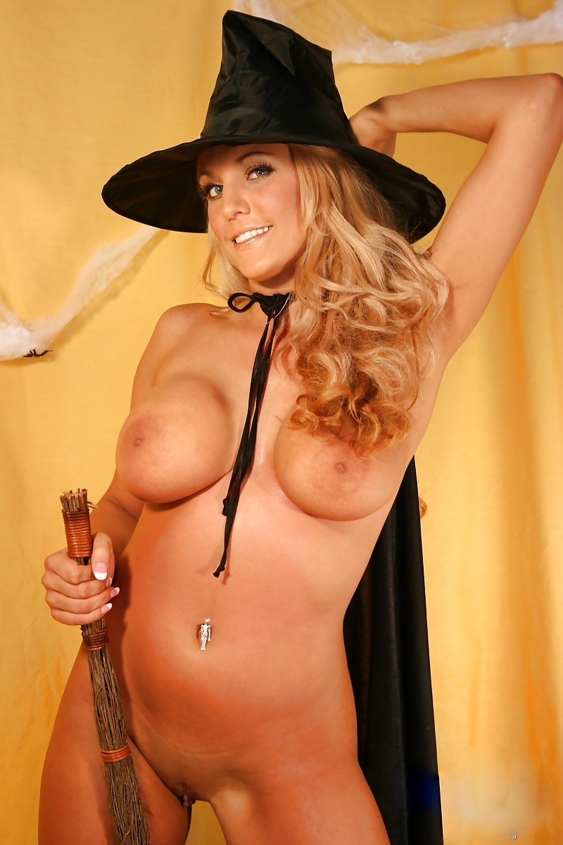 hot-sexy-naked-witch-girls-the-incredibles-naked-sex