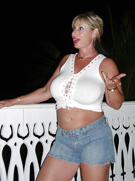 Voyeur Photo Of Naked Girl Exposing Her Tight Pussy