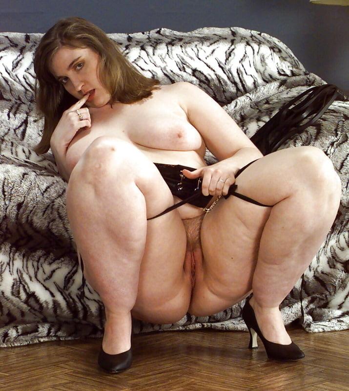Трахнул зрелую бабу с толстыми ляжками