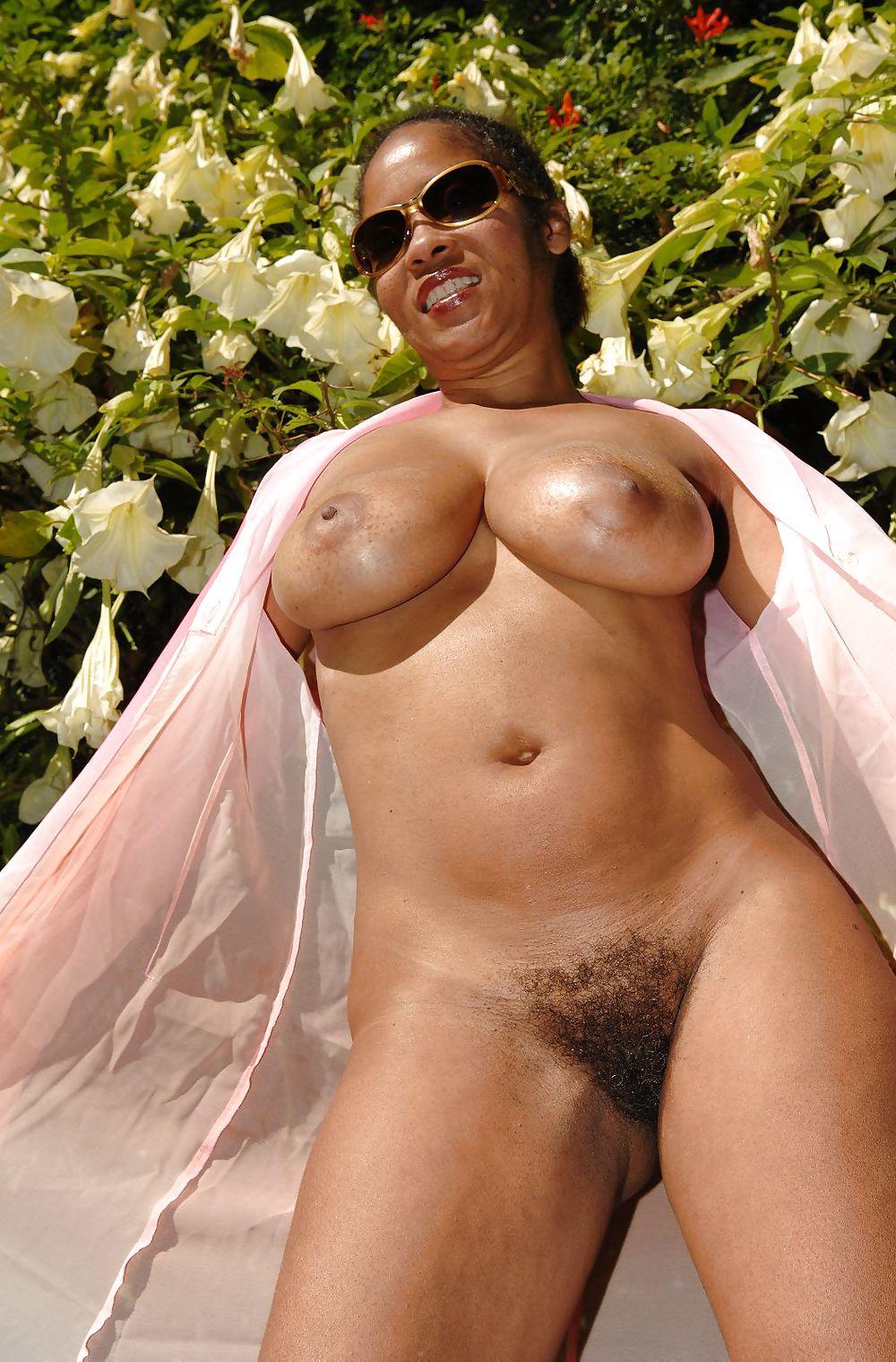 Nikki brazil