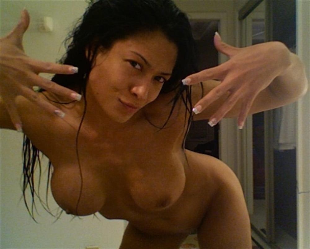 Melina nude pic, naked women pumping vagina