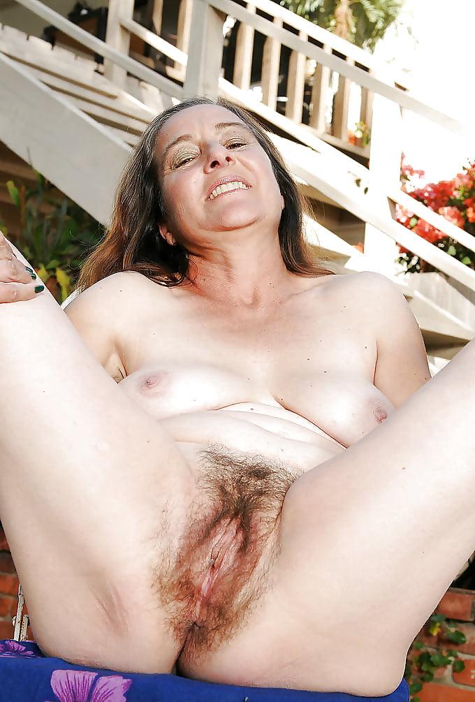 Nude jewish with big titsh