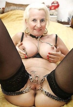Pierced Pussy Babes- 37 Pics