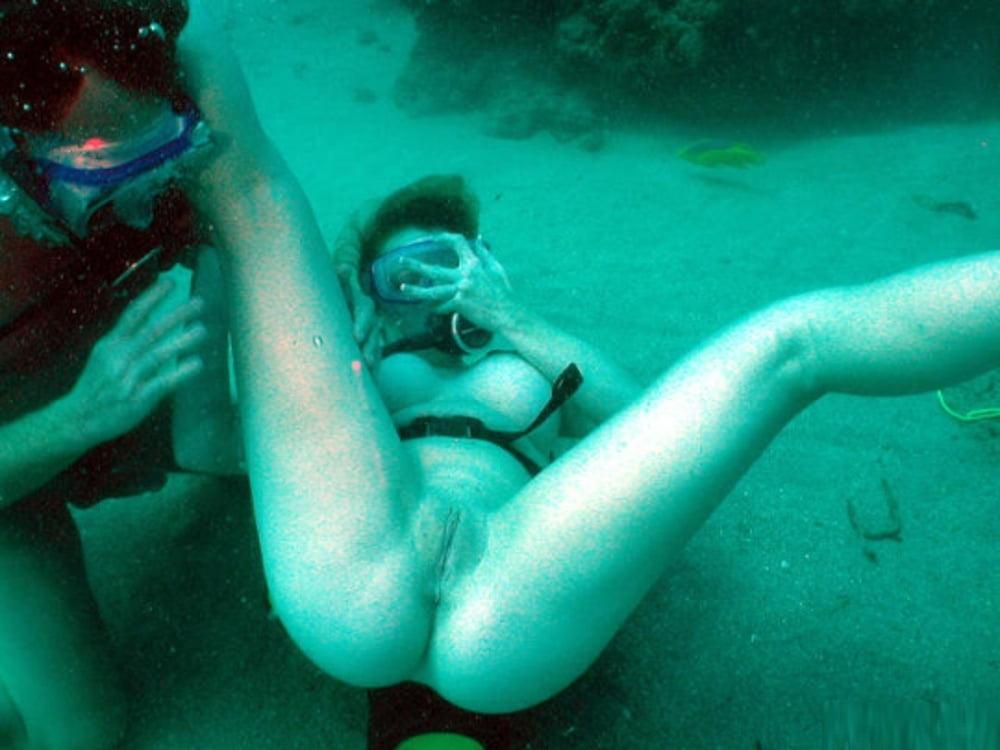 Подводный порно фильм
