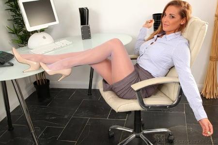 Lora massage mannheim
