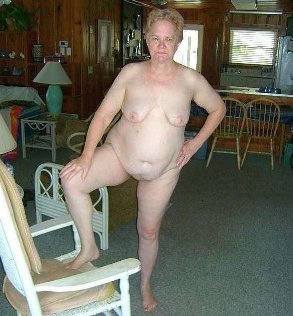 Sexy seniors daily pics