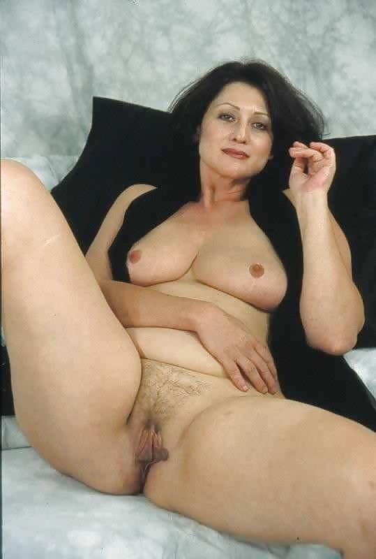 Chubby Black Haired Mature - 6 Pics - Xhamstercom-3725