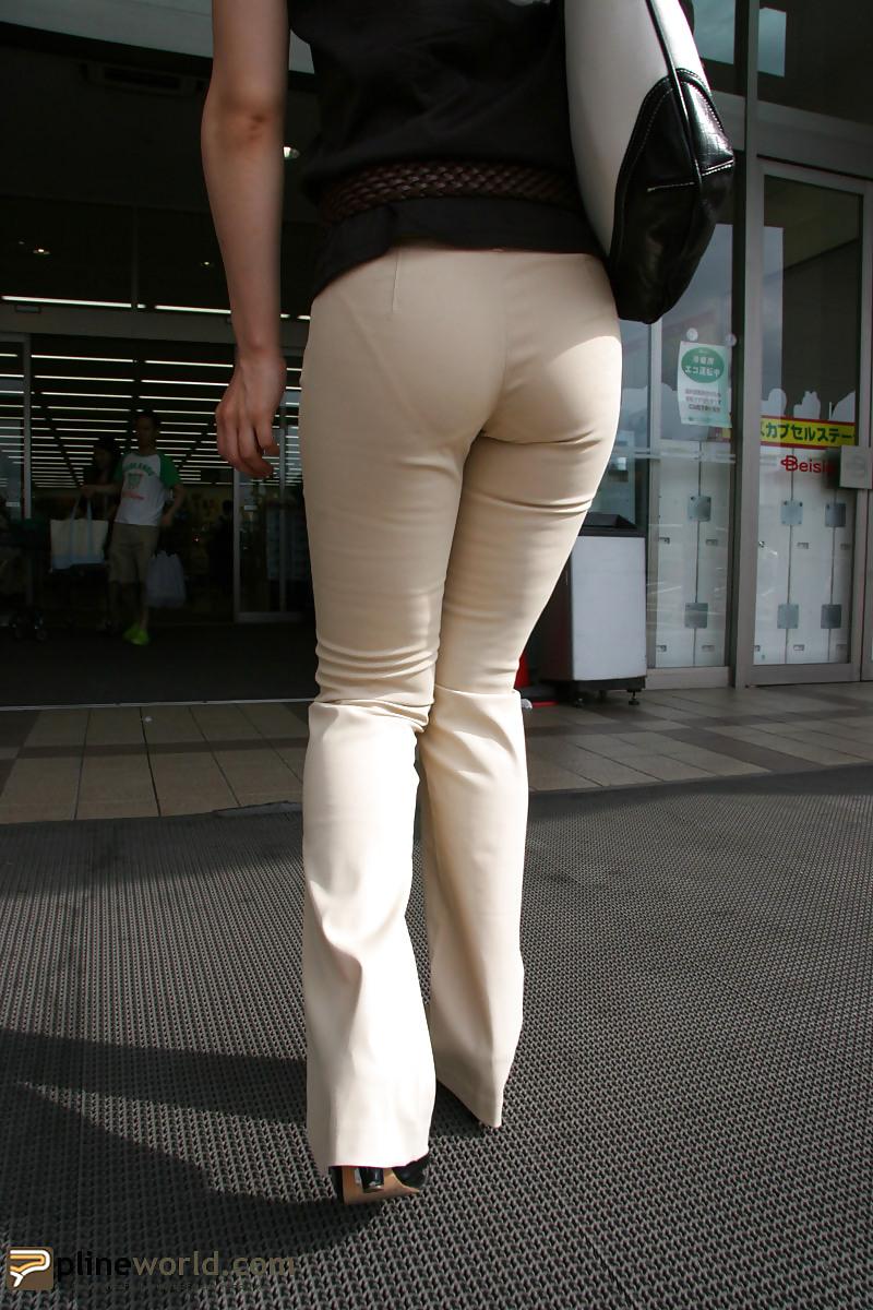 xenomorph-porn-pound-my-wifes-tight-pussy-bbw-heels-fat