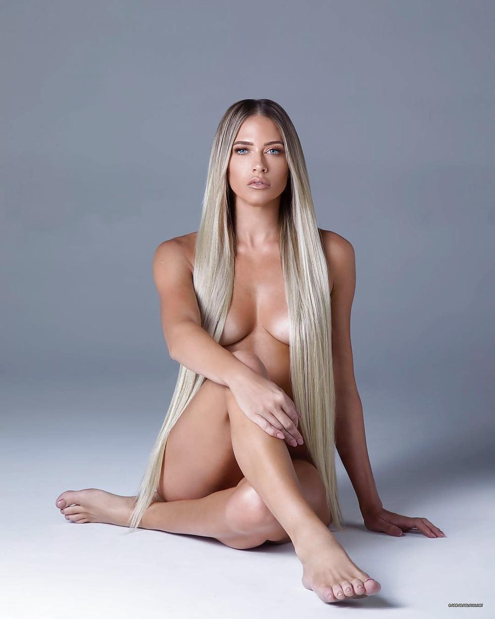 hot ebony naked pussy