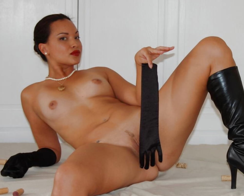 free-videos-girls-fucking-with-knee-high-boots-on