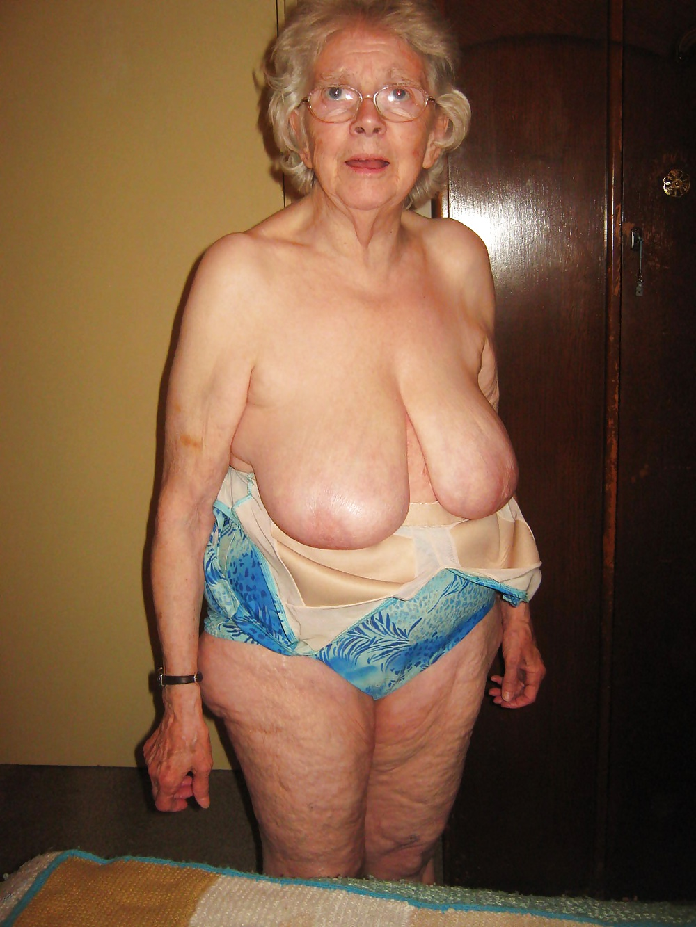 Sheila 80 Year Old Granny From Uk - 19 Pics  Xhamster-5840