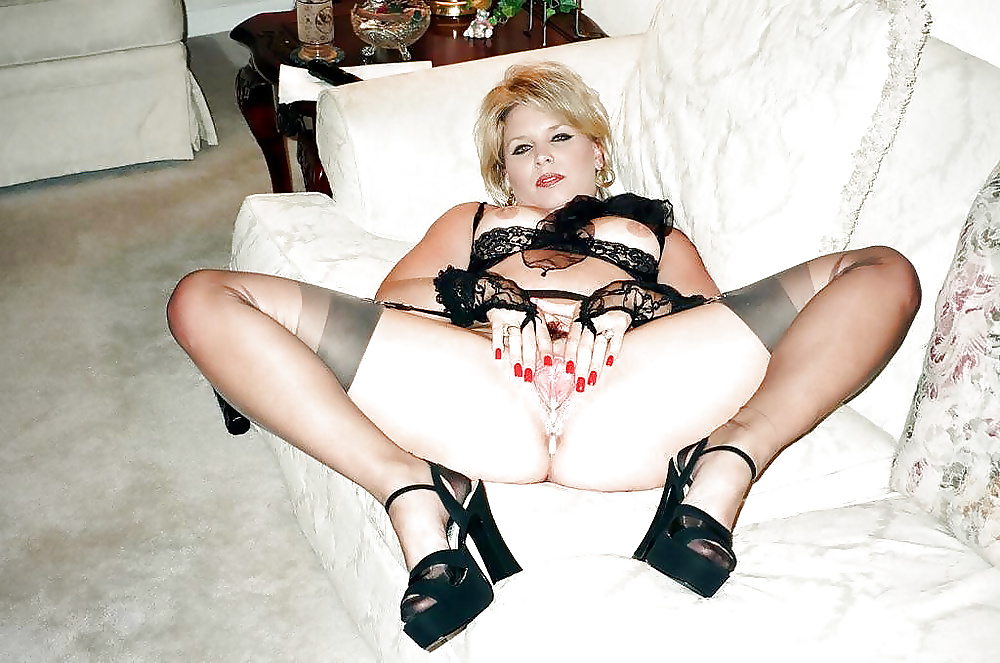 Mature,Milf, And Wives Spread In Stockings 1 - 63 Pics -3532