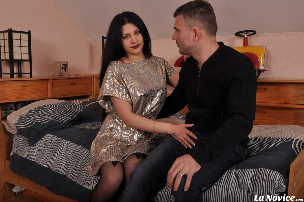 Busty Romanian Amateur Hardcore Fucked In The Ass