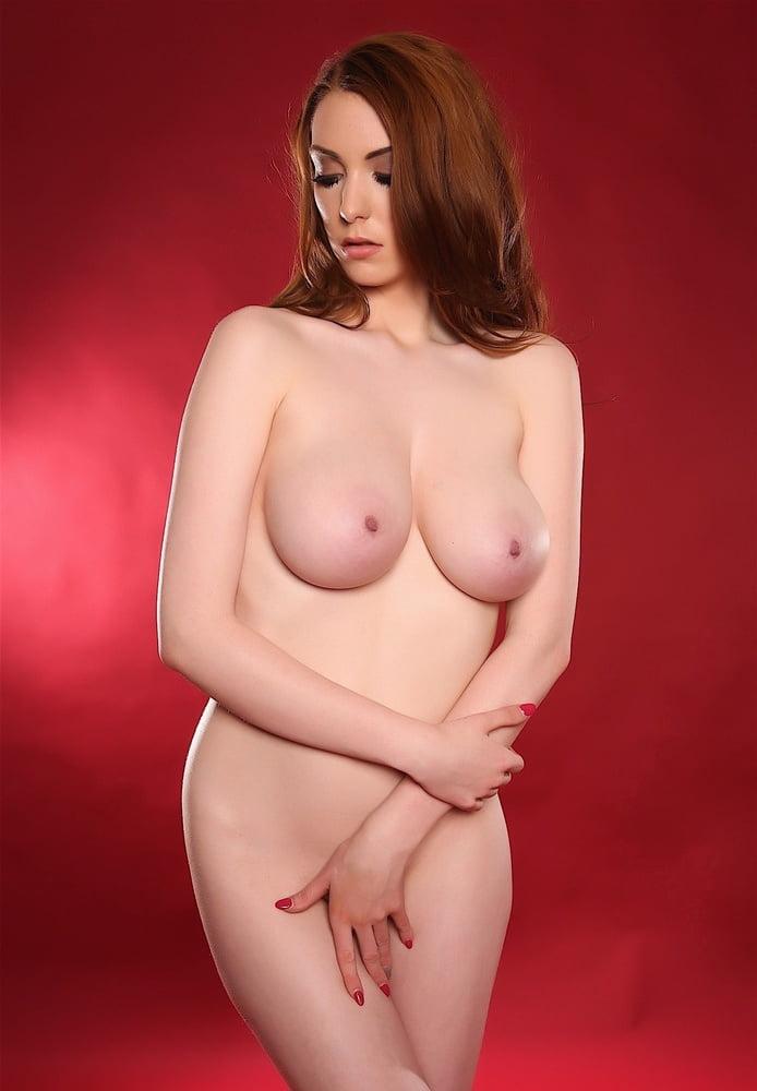 Big boobs video naked-7766
