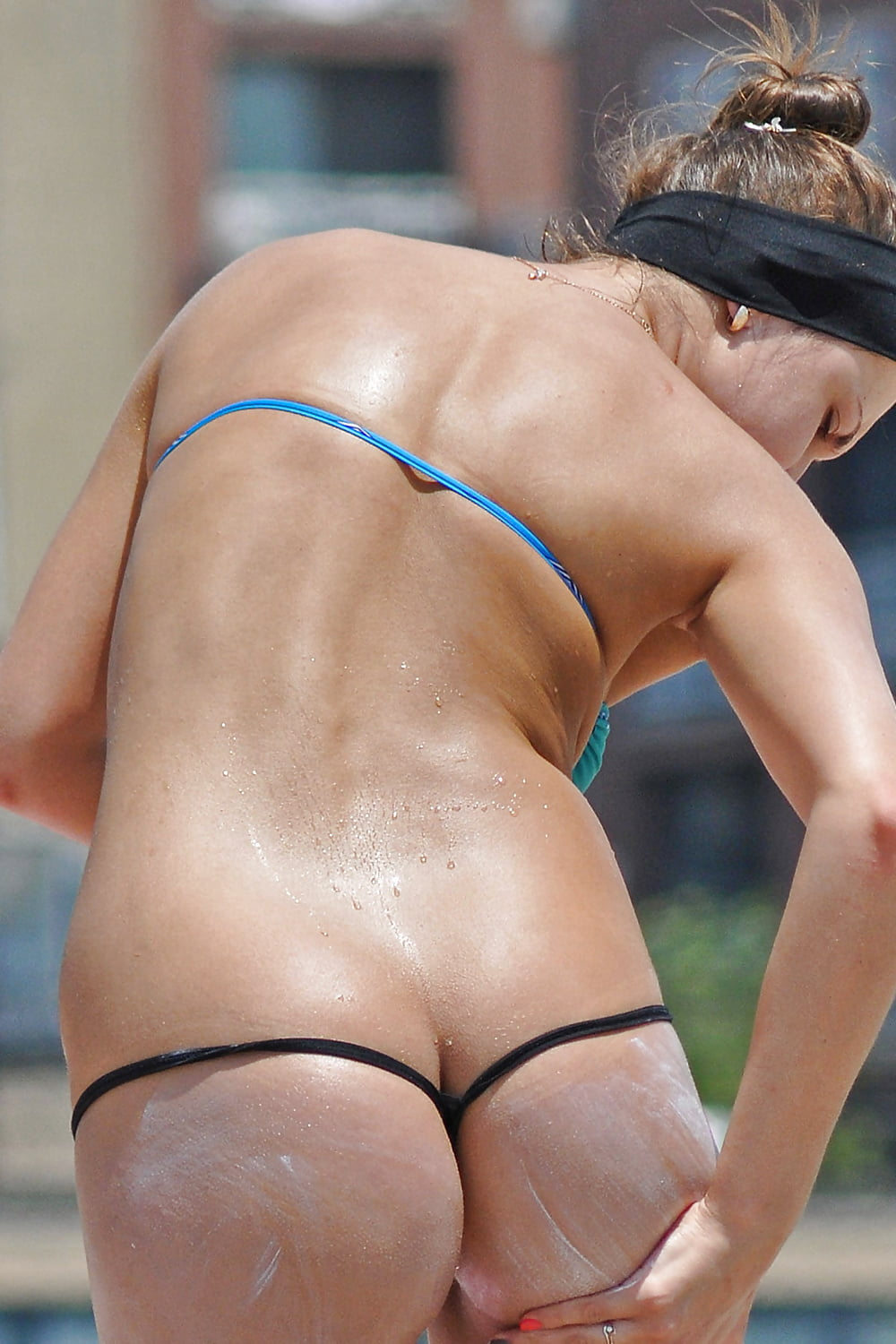 Naked women volleyball players