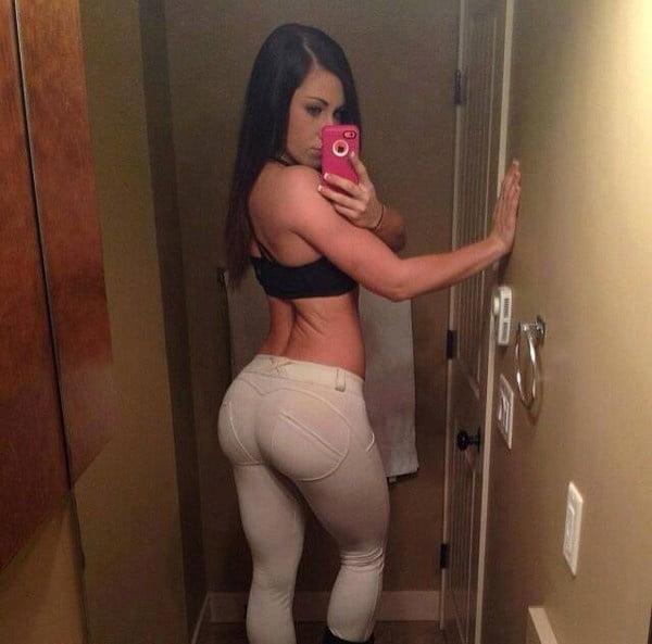 Big round booty porn