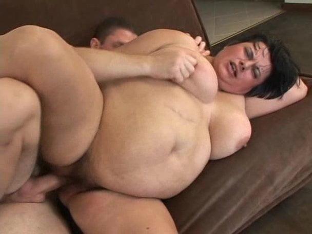 Japanese lesbian peeing