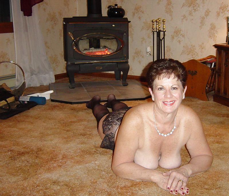 жены пожилые дома фото этом