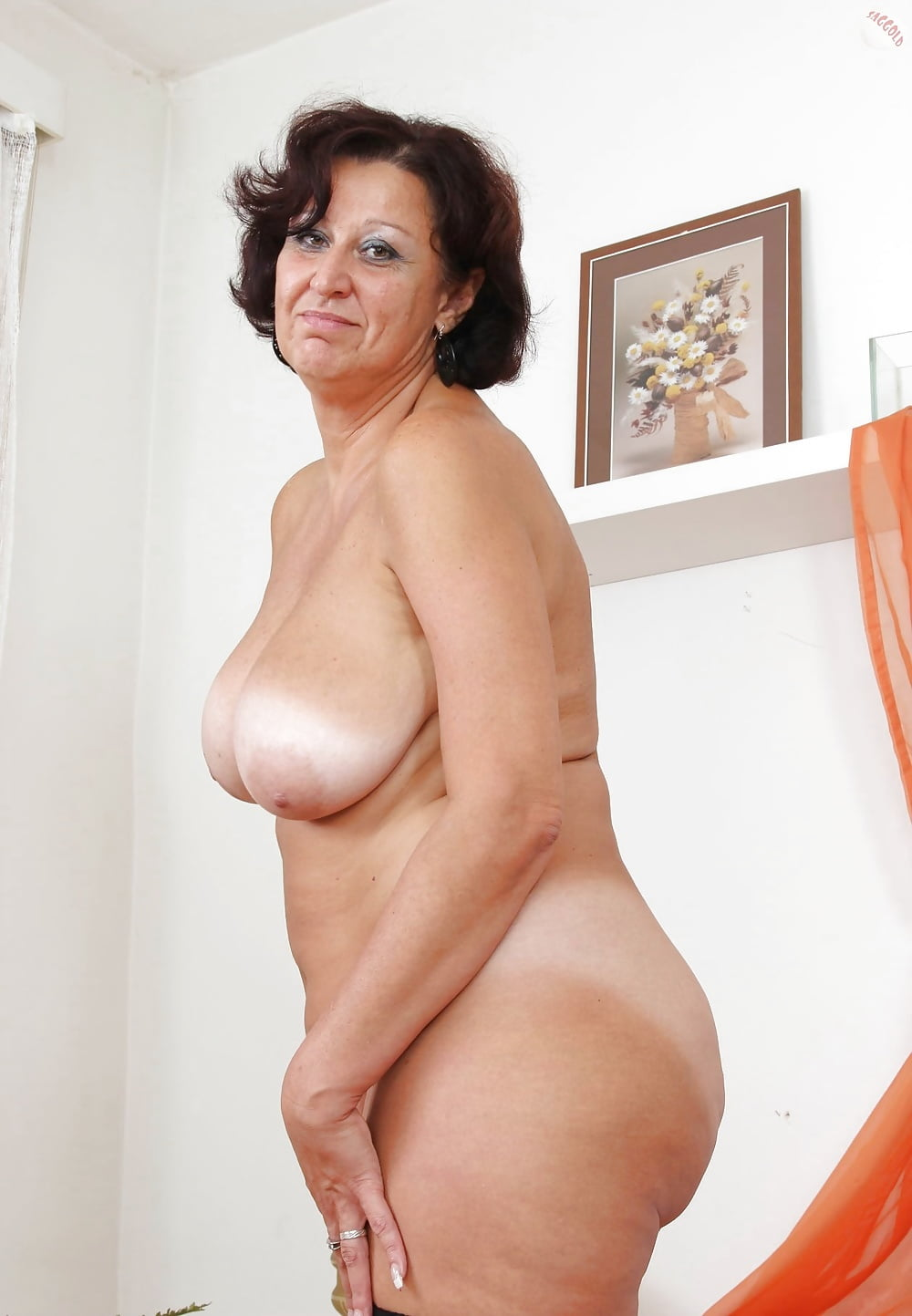 nude-amature-ladies