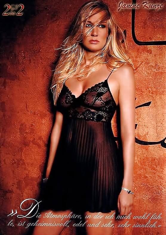 Janine Kunze Hot
