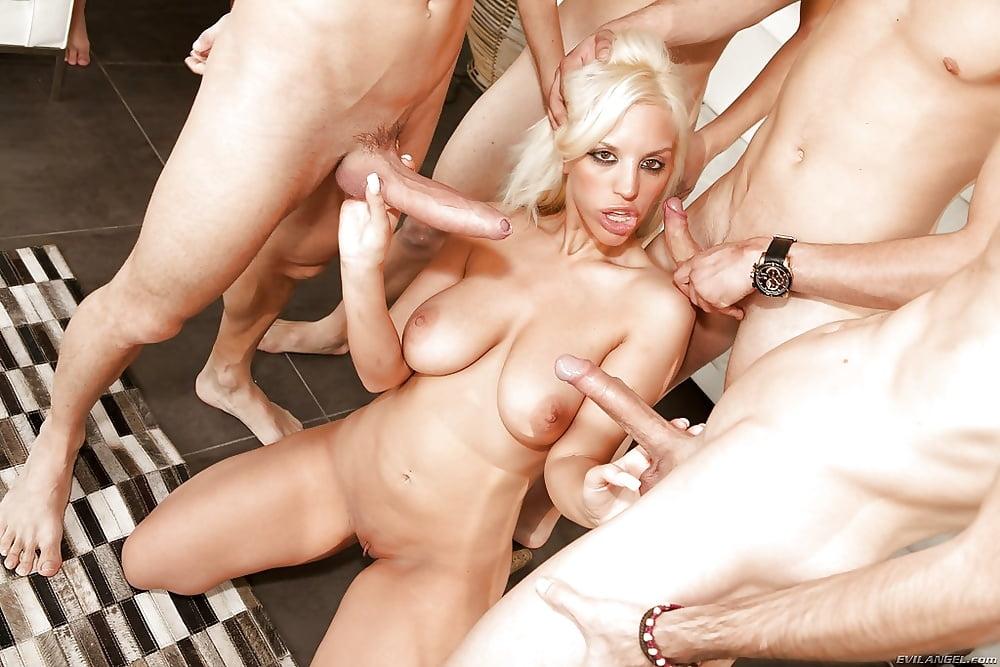 Wild blonde fucking, adrienne barbeau sex tubes