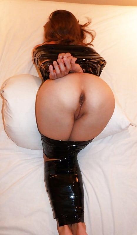 Фото проституток голые жопы, порно девушки ебут мужчин