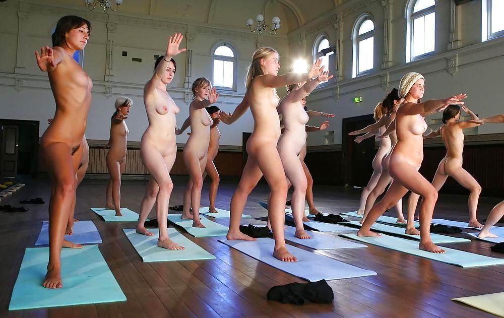 видеоролики голая физкультура онлайн подборку