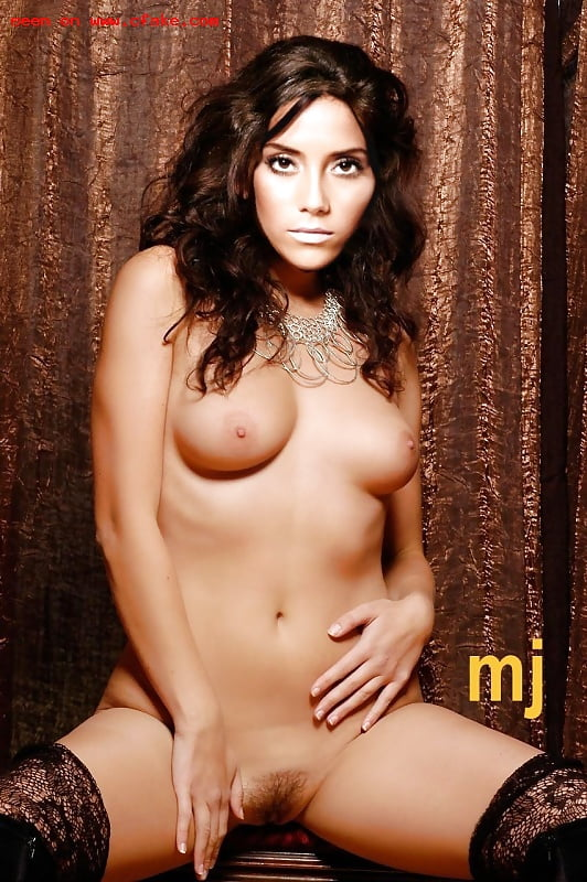 cansu-dere-nude-naked