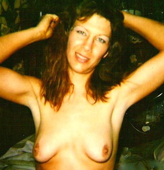 nude sex in toilet