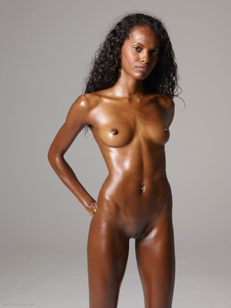 free-pictures-of-black-naked-women