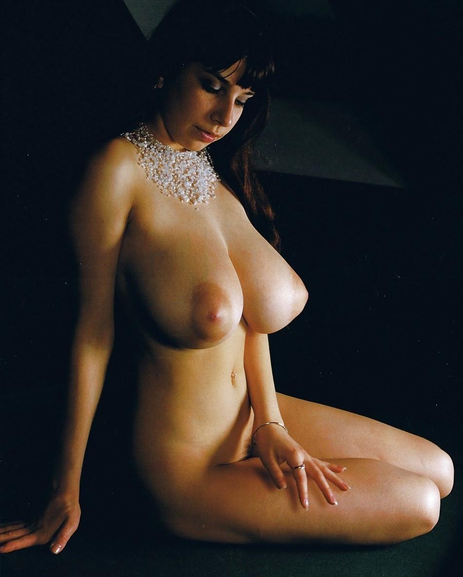 Hot babes with big natural tits-8683