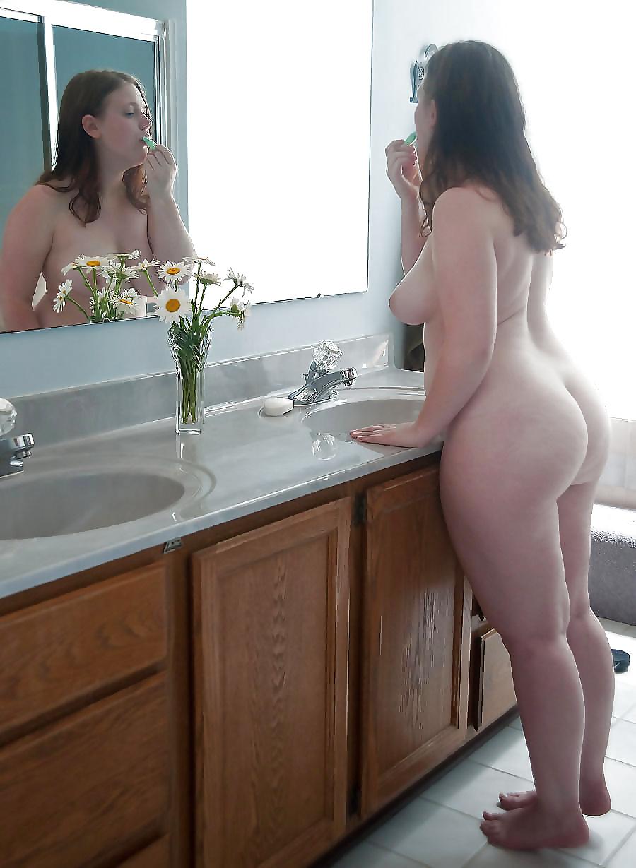 Nude thick girls taking it deep, sex nude video bikini