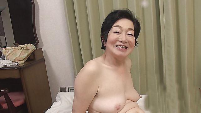 Japanese mature nude pics