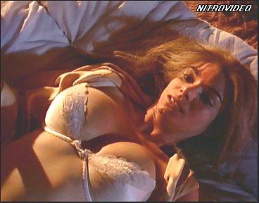 Laura San Giacomo Nude Pics