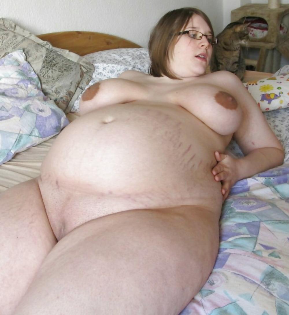 Nude Black Pregnant Women